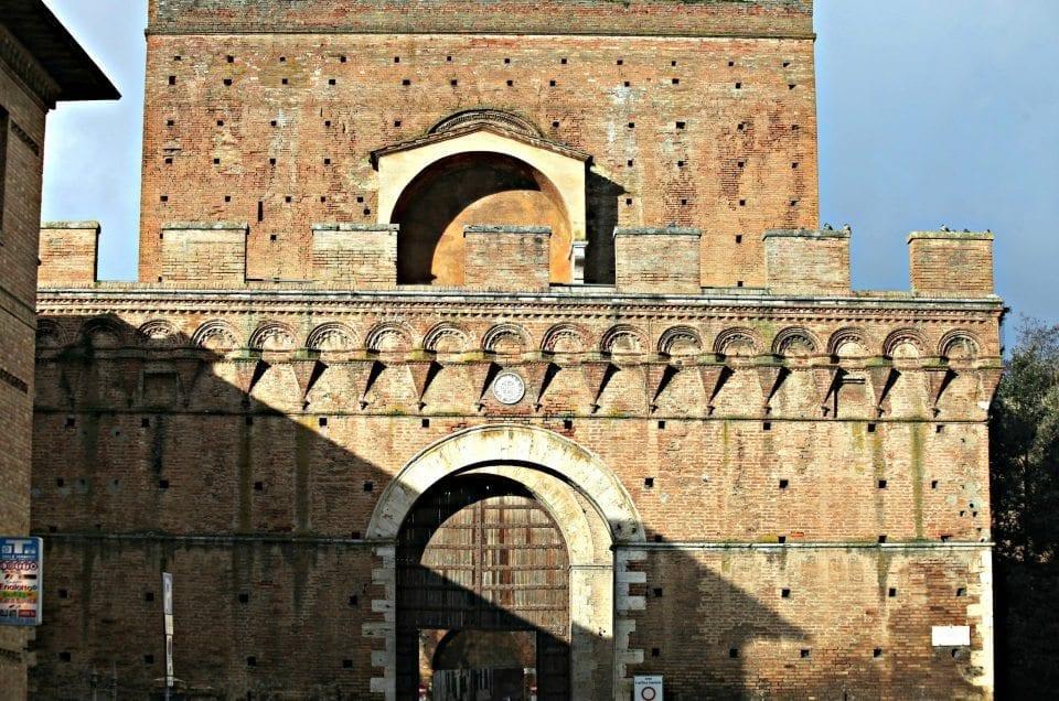 Porta Pìspini e Bastione di San Viene
